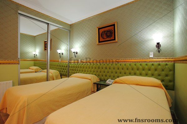 hotel chile espana: