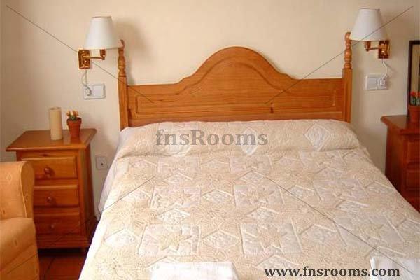Hotel Els Pins de Prenafeta - Hotel Rural Montblanc