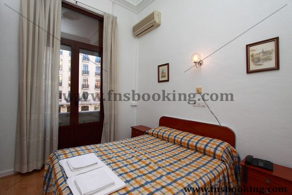 Hostal Lamalonga - Hostal en Madrid - Hostal en Gran Via Madrid
