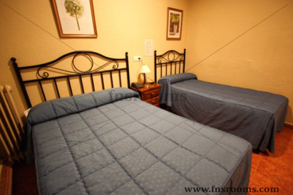 hostal conchita madrid: