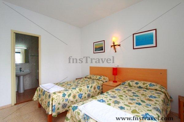 Hostal Rita - Ibiza Hostels