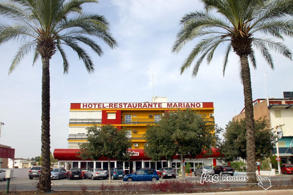 Mariano Hotel - Hotel in the center of Cordoba.