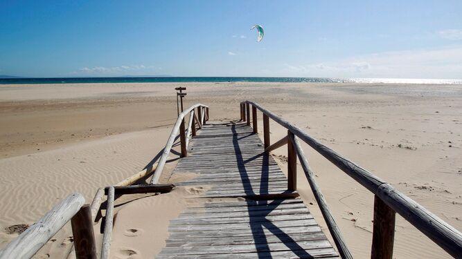 Una app mostrará la afluencia a las playas de Tarifa
