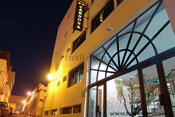 Pension Cardona - Arrecife Guesthouse