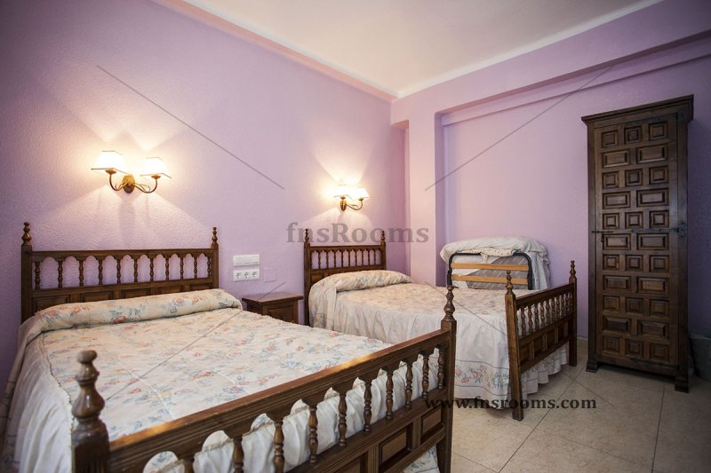 Pension Isabel - Virgina Guesthouse