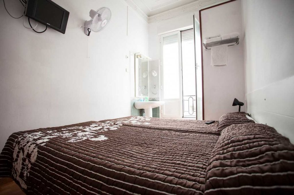 19 - Hostal Miami Madrid