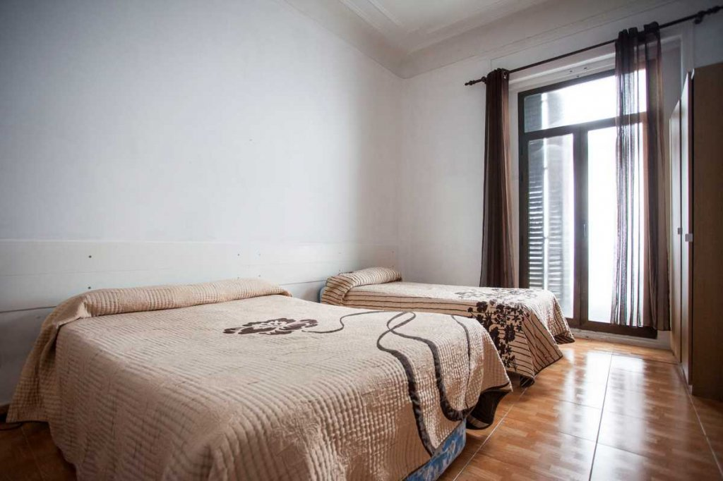 1 - Hostal Miami Madrid