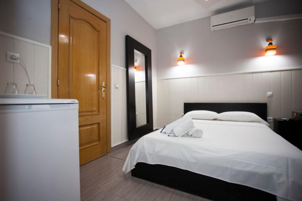 1 - Hostal Oxum Madrid