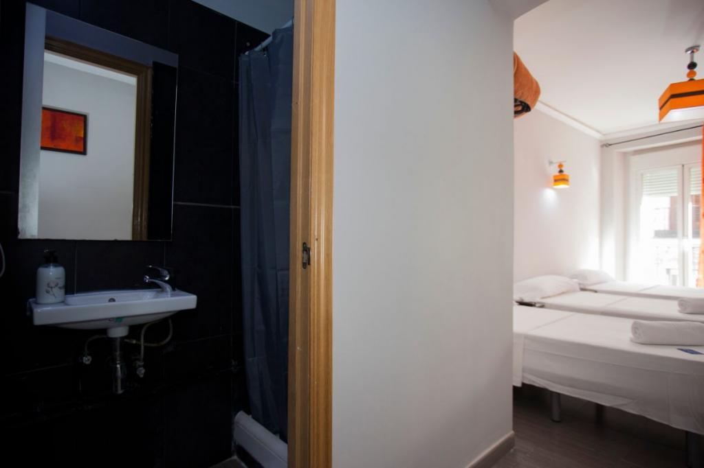 2 - Hostal Oxum Madrid