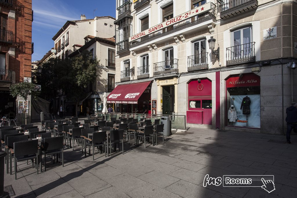 Hostal Santa Cruz - Hostales en Madrid