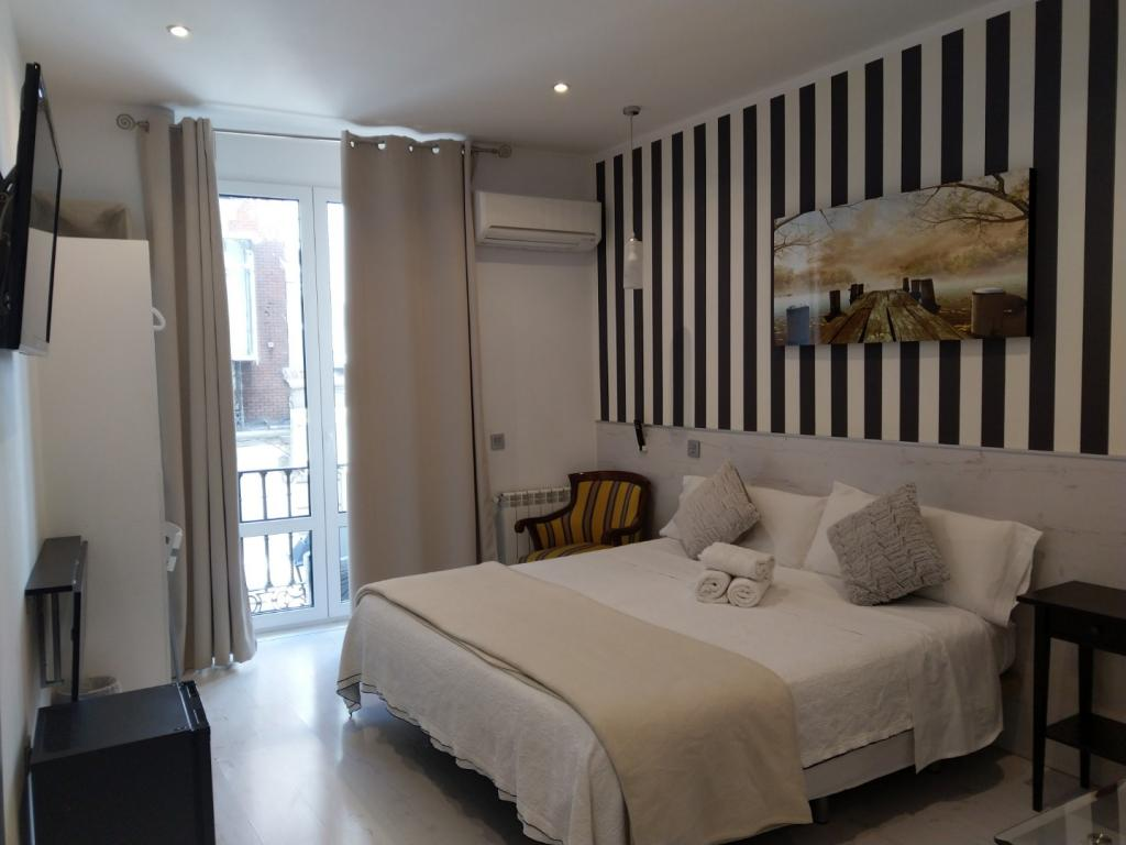 Mendoza - Mendoza Hostel in Madrid
