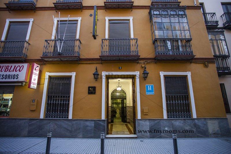 Hostal Trajano Sevilla