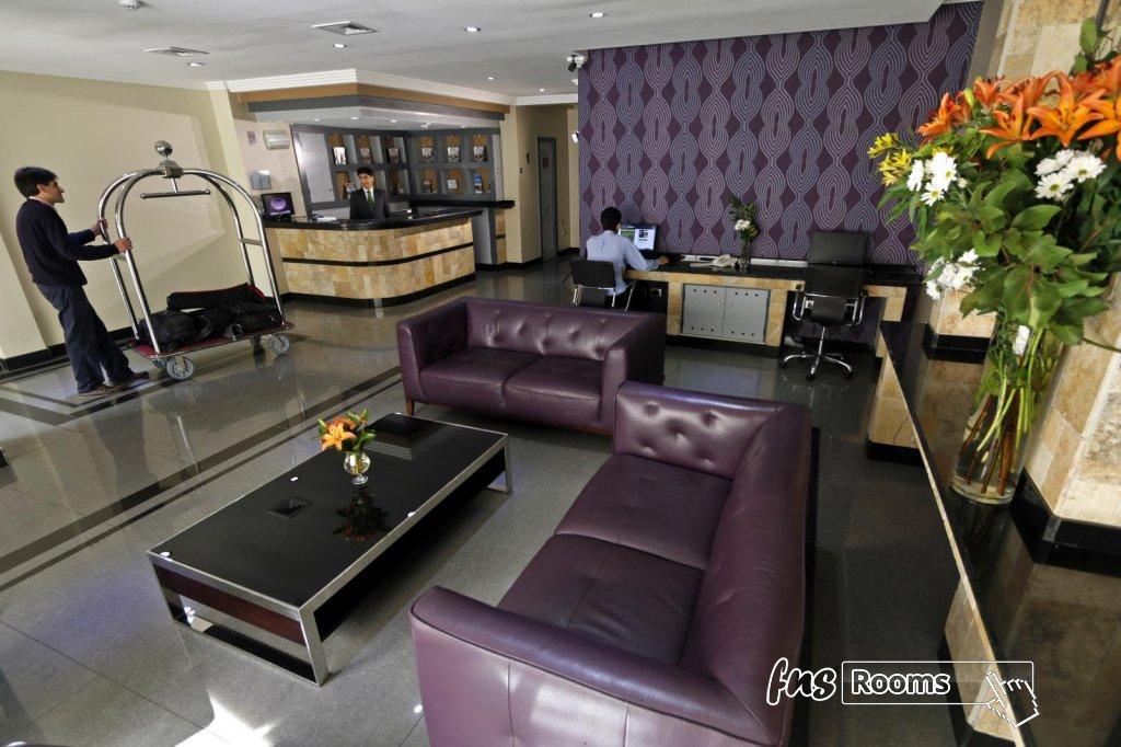 17 - Hotel Principado Lastarria