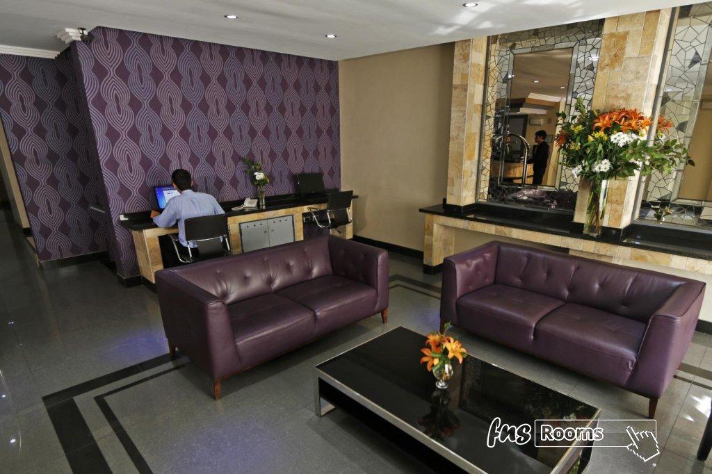 19 - Hotel Principado Lastarria