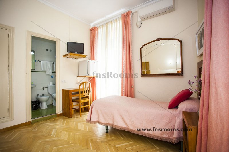1614-hostal-greco-madrid-12.jpg