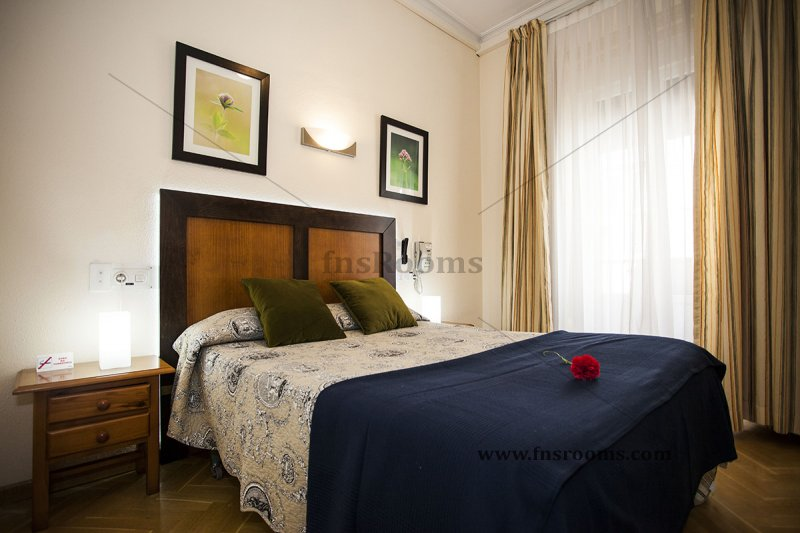 1614-hostal-greco-madrid-2014-abril-10.jpg