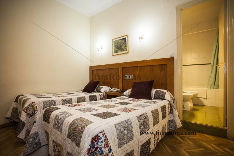 1614-hostal-greco-madrid-2014-abril-26.jpg