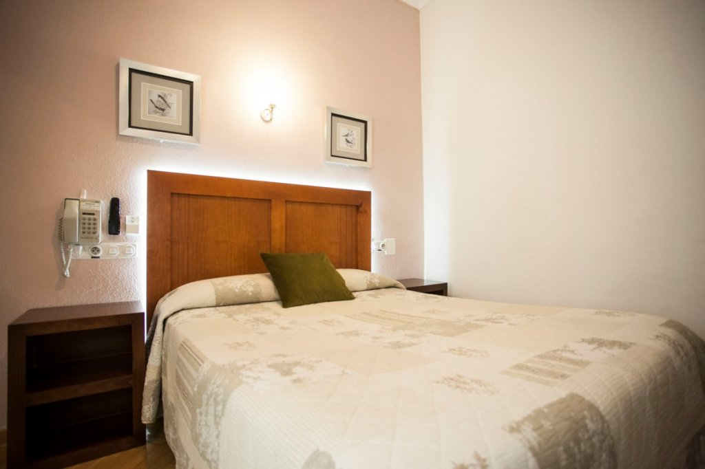 1614-hostal-greco-madrid-2016-8.jpg
