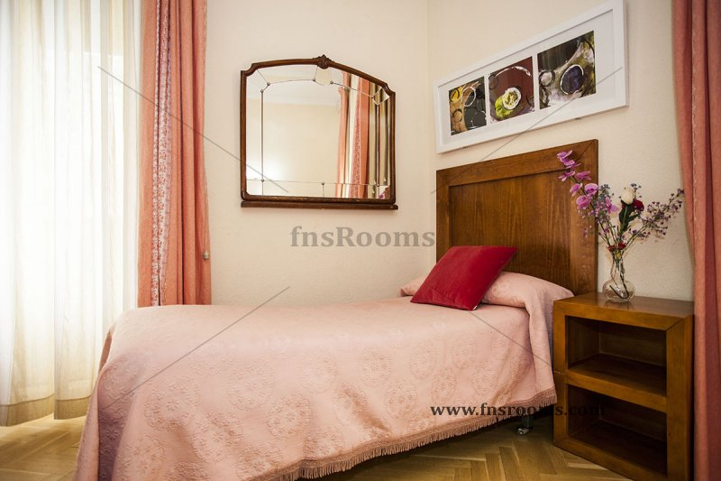 1614-hostal-greco-madrid-3.jpg