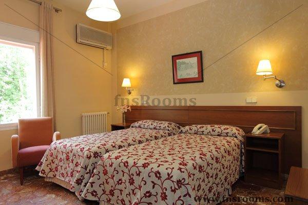 1639-hotel-mercedes-aranjuez-2013-16.jpg