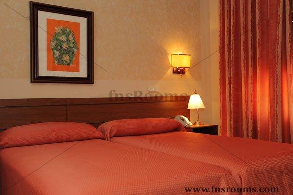 1639-hotel-mercedes-aranjuez-2013-31.jpg