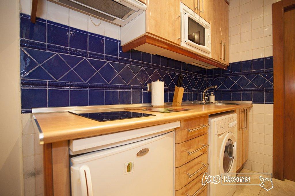 1773-1487264539_apartamentos-village-tours-cervantes-3.jpg