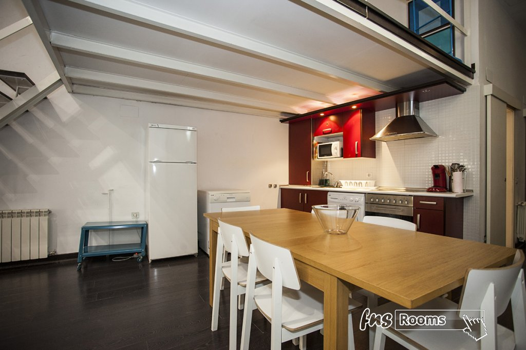 1773-1487265156_apartamentos-village-tours-madrid-carretas-2-17.jpg