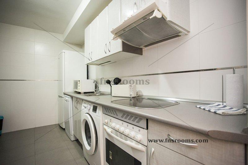 1773-apartamentos-village-tours-espoz-y-mina-7-madrid-20014-25.jpg
