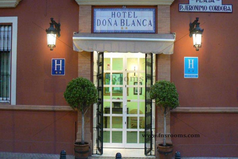 9 - Hotel Doña Blanca - Hotel centre Siviglia