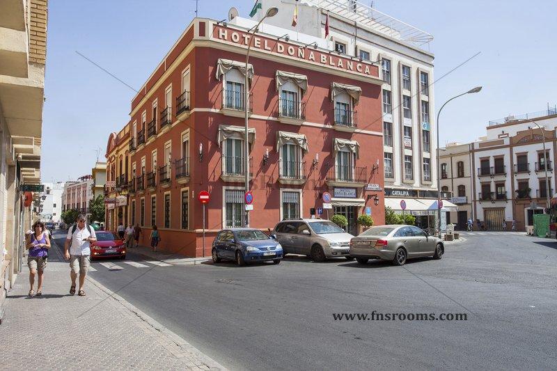 11 - Hotel Doña Blanca - Hotel centre Siviglia