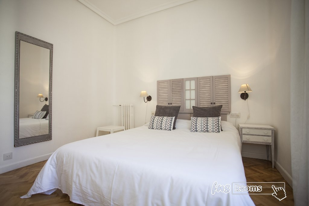 1805-1487265840_apartamento-imagine-i-madrid-11.jpg