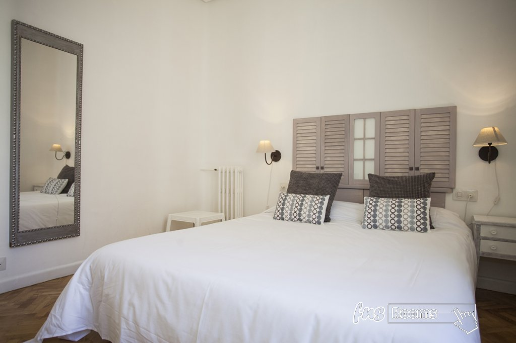 1805-1487265859_apartamento-imagine-i-madrid-10.jpg