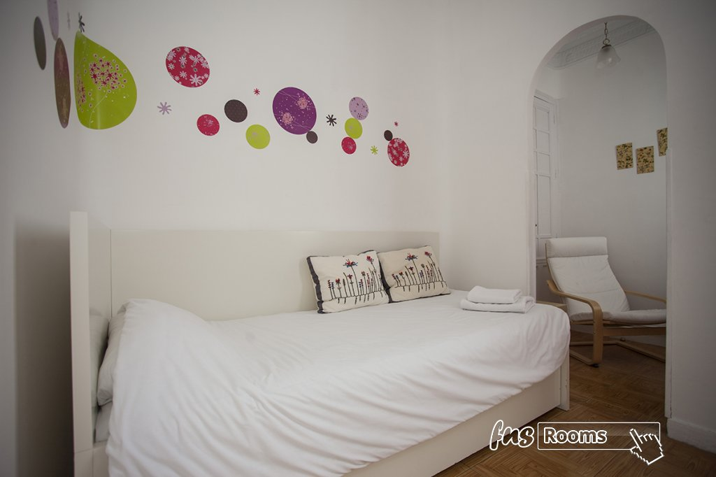1805-1487265990_apartamento-imagine-ii-madrid-6.jpg