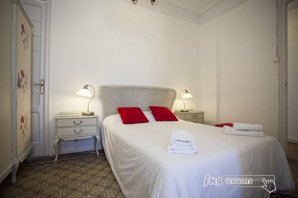 1805-1487265994_apartamento-imagine-ii-madrid-10.jpg