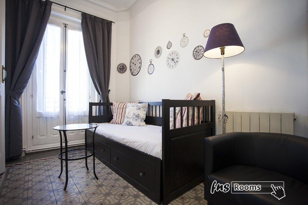 1805-1487265998_apartamento-imagine-ii-madrid-13.jpg