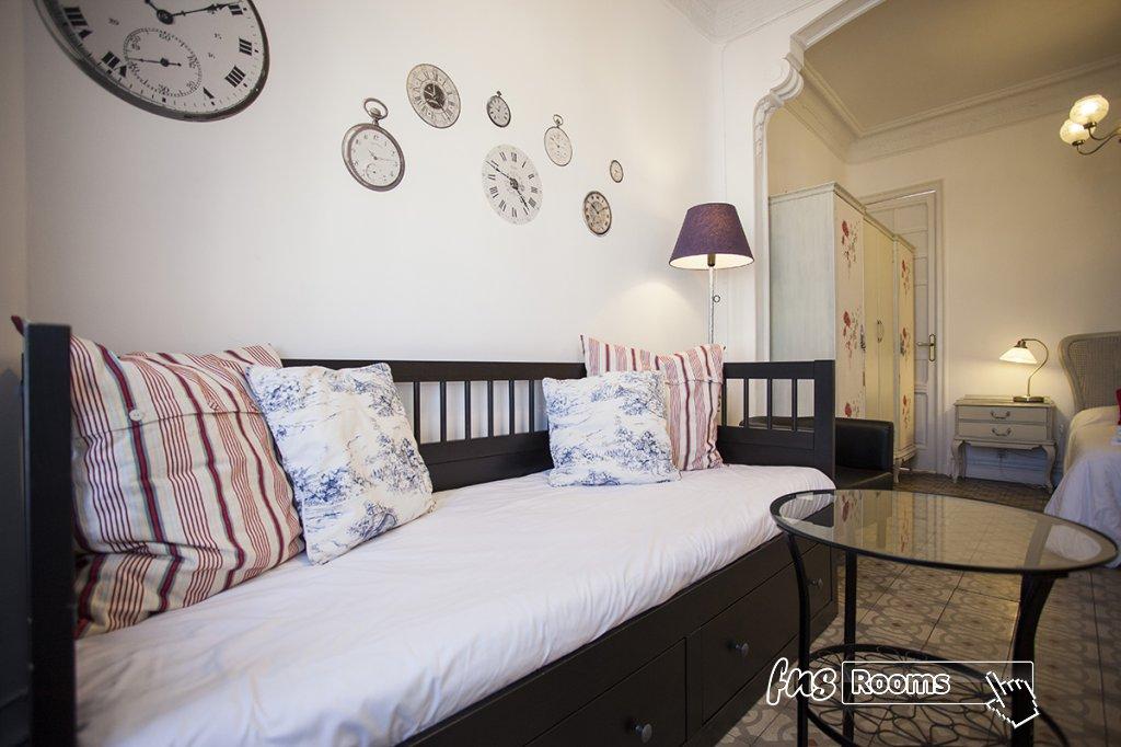 1805-1487266003_apartamento-imagine-ii-madrid-15.jpg