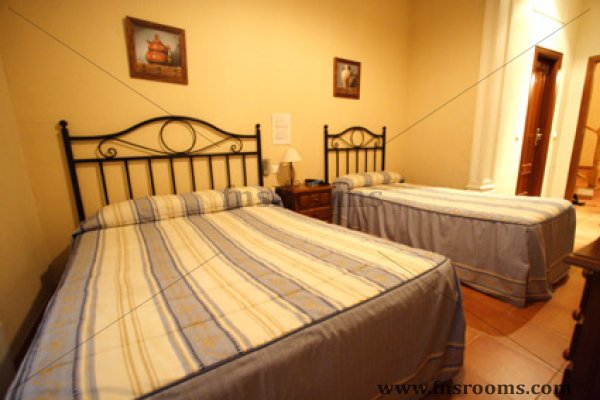 Hostal El Pilar Madrid
