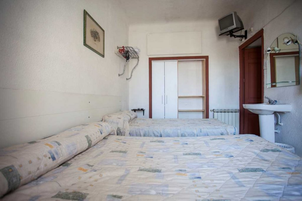 12 - Hostal Rivera Madrid