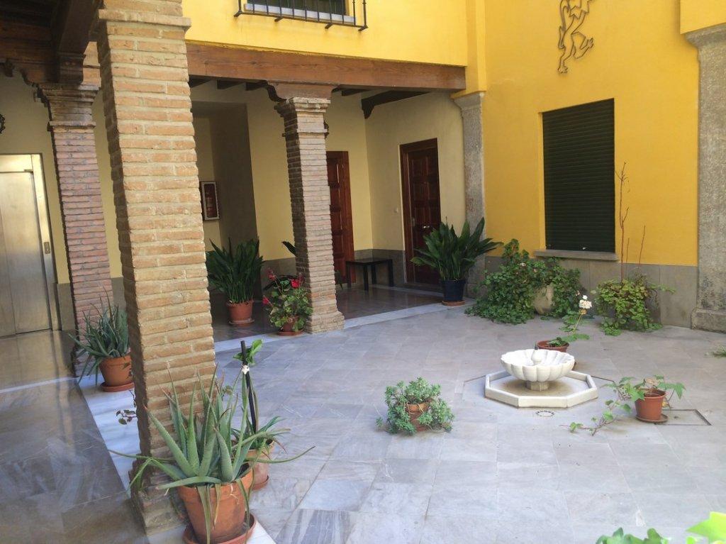 21 - Apartamentos Puerta Real