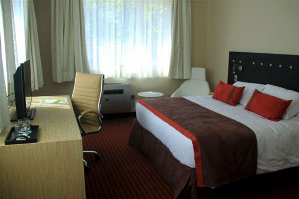 3233-ecohotel7.jpg