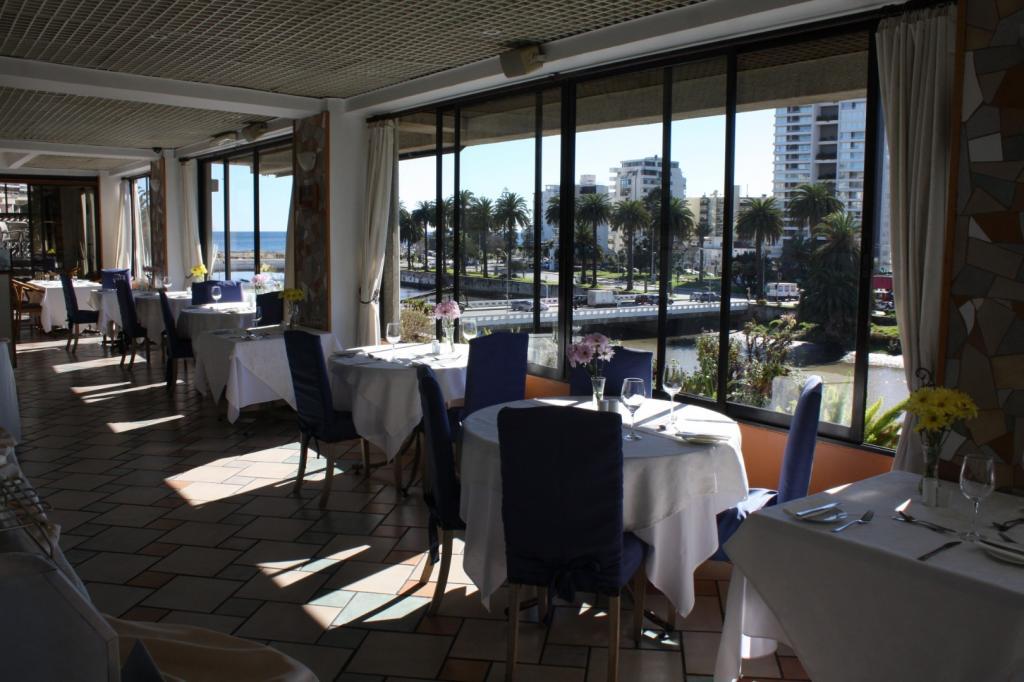 3417-1571380327_restaurant2.jpg.jpg