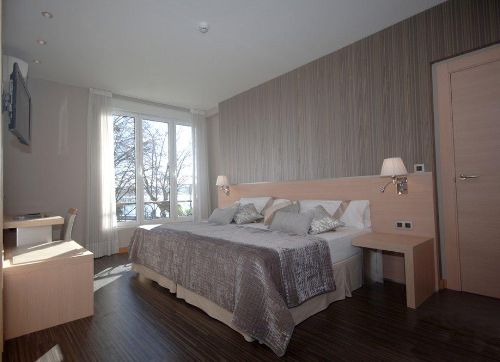 3704-habitaci-n-jacuzzi-i.jpg