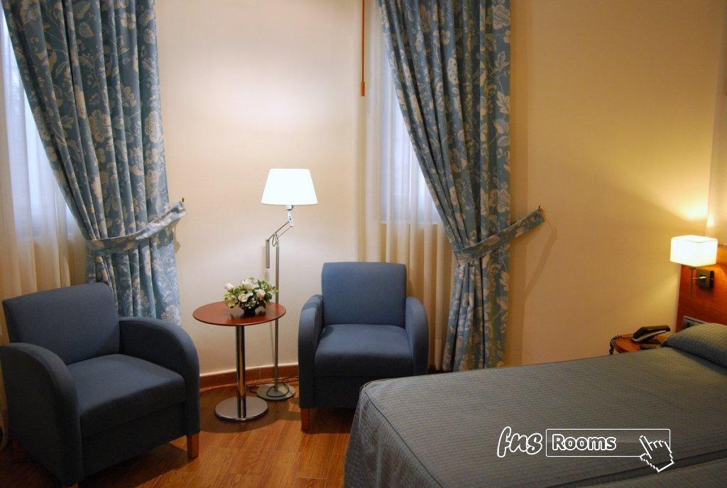 1 - Hotel Mieres del Camino