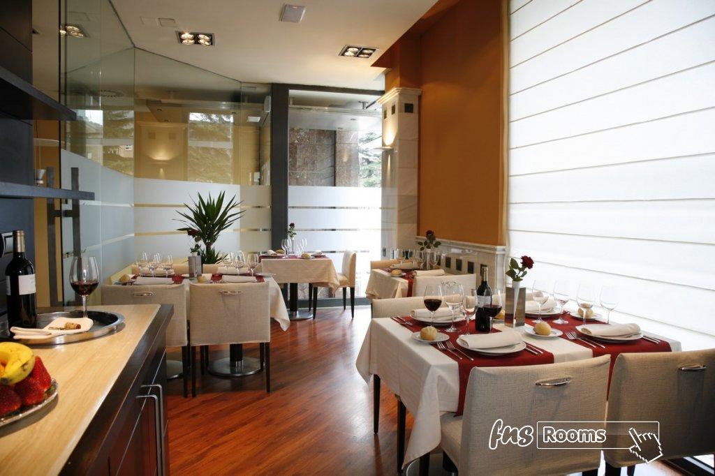 2 - Hotel Mieres del Camino