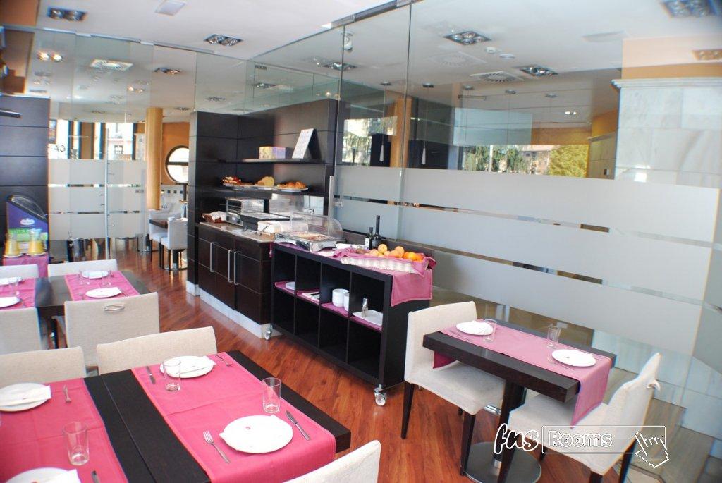 4 - Hotel Mieres del Camino