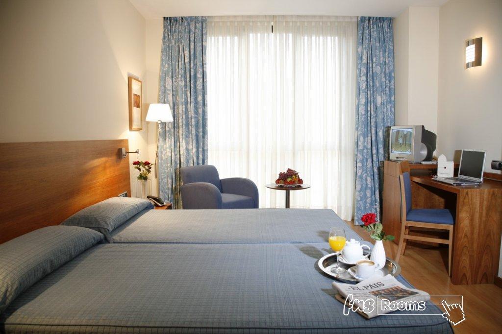 5 - Hotel Mieres del Camino