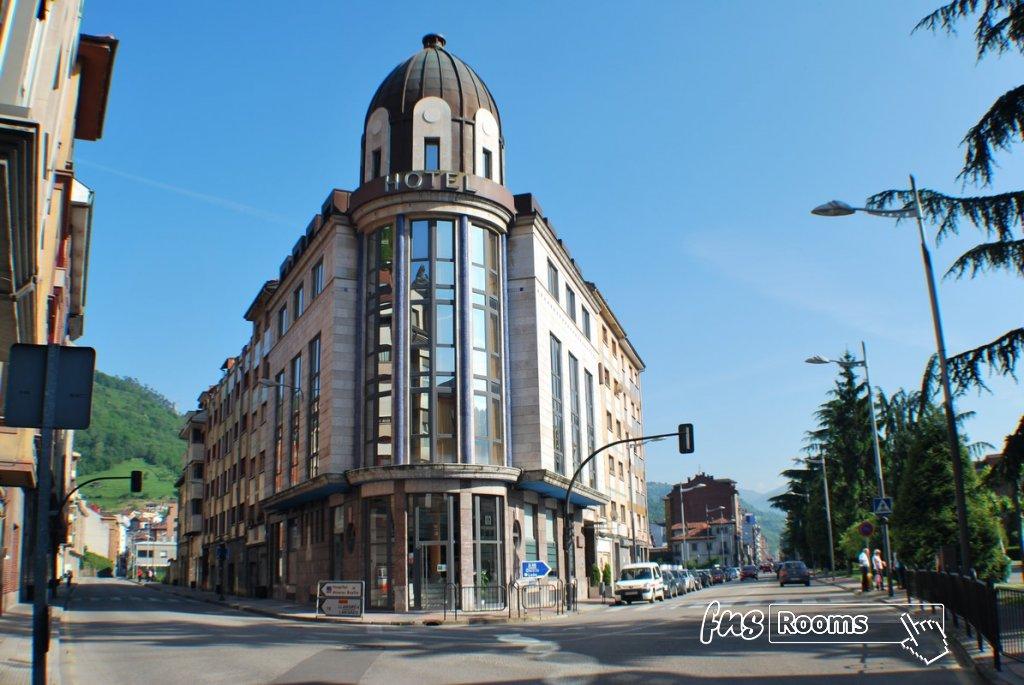 13 - Hotel Mieres del Camino