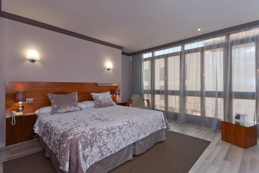 Hotel Vetusta Oviedo
