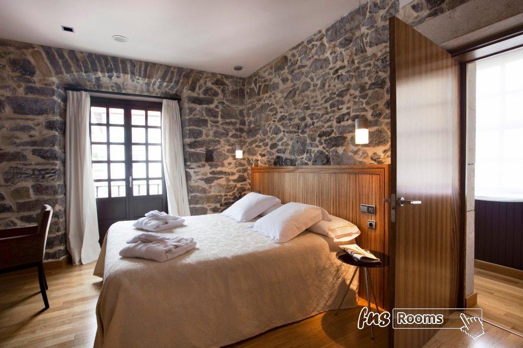 3791-1486723536_03-habitacion-antiguo-casino-hotel-boutique-con-encanto-pravia-asturias.jpg