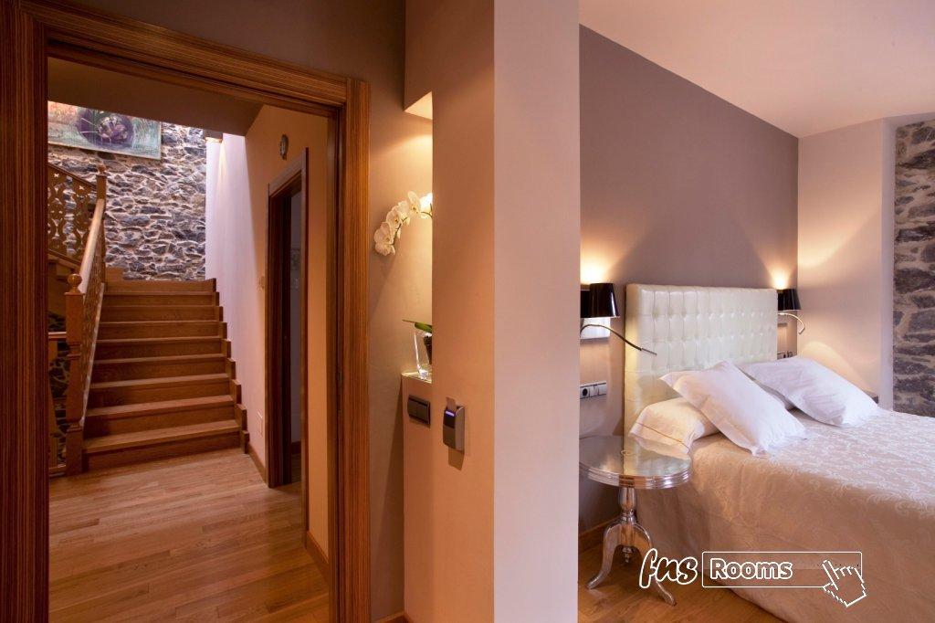 3791-1486723872_04-habitacion-antiguo-casino-hotel-boutique-con-encanto-pravia-asturias.jpg